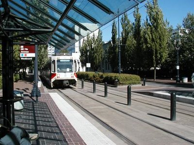 p51815-Portland-Portland_Tri-Met_Light_Rail