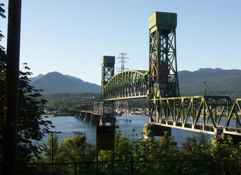 Old_second_narrows_bridge_V