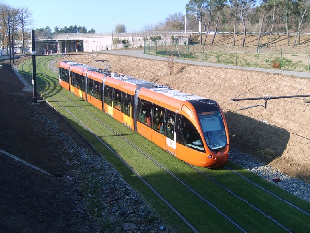 How to build light rail in our cities without emptying the public april mozeypictures Choice Image