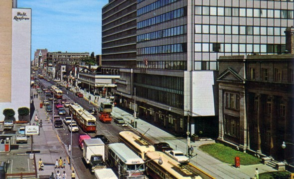 2011527-streetcars-bloor-early60s