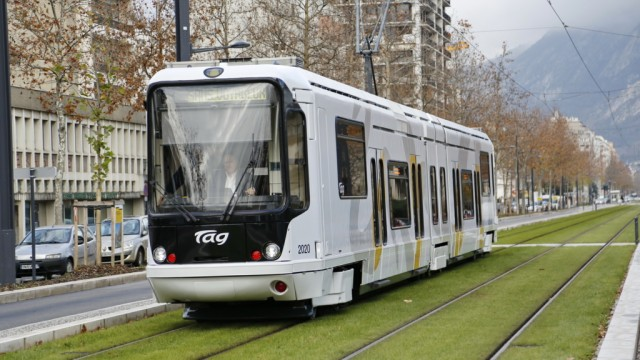 The modern tram, can obtain much higher capacities than our light-metro system, but can be built at a fraction of the cost.