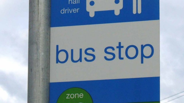 TransLink_Flag_Pole_Bus_Stop_Sign
