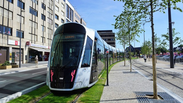 The new tramway in Luxemburg has extensive lawned rights-of-ways